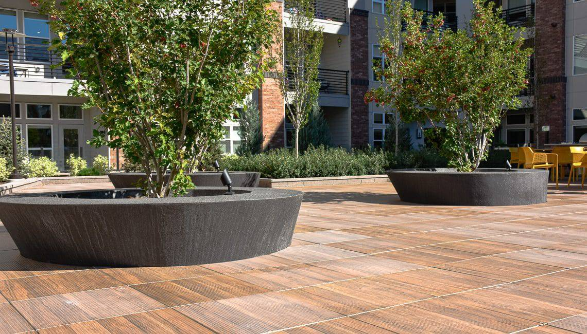 Planter walls Microtop - ST Concrete Overlay - Colorado Hardscapes