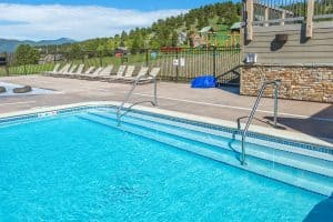 Stairs in pool at the Vista Clubhouse in Genesee done by Colorado Hardscapes.