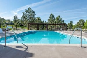 Center view of the pool at the Vista Clubhouse in Genesee done by Colorado Hardscapes.